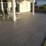 Pflasterarbeiten auf Terrasse