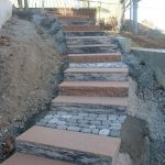 Treppe und Pflasterarbeiten